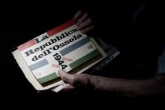"""Malesco (VB), Frazione di Finero, Italia. La prima edizione de """"La Repubblica dell'Ossola"""", con copertina creata da Albe Steiner, edita dal comune di Domodossola nel 1959."""